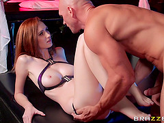 Redhead slut Dee Dee Lynn enjoys cunni and takes a hot ride on a dick