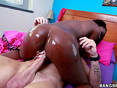 Big Tits Jezabel Vessir Gets Banged Hardcore In Interracial Fuck Scene