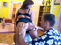 Anal slut gets her pussy fucked and face jizzed in amateur threesome