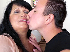 Plump cougar gives a rimjob to her man and allows him to bang her