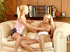 Bubbly Blondes are fingering each other's tight holes