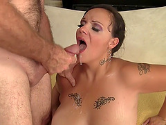 MILF BBW Savannah Star Fucks an Old Man