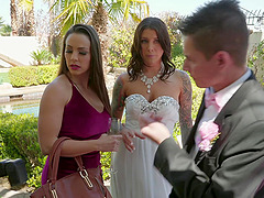 Abigail Mac puts on a strap on and pounds future bride Felicity Feline