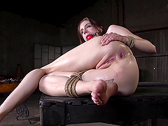 Anna De Ville spreads her legs for a friend's hard cock on the floor