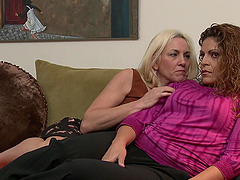 lesbian sex adventure is sometning special for horny Cindy Craves