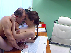 Patient Aruna needs to get naked for exam and gets fucked on the bed