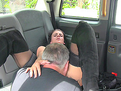 Naughty brunette Kirsty Leigh flashes her taxi driver and gets fucked