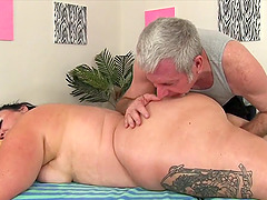 Sexy plumpers getting their bodies rubbed and pussies teases by a masseur