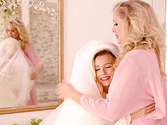 Lesbian sex on the bed with blonde pornstars Julia Ann and Carolina