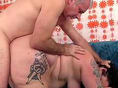 Curvy plumper with a huge ass Calista Roxxx gets pummeled in doggystyle position