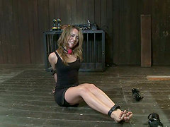 Cute Kristina Rose gets her pussy clothespinned and toyed